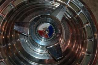 1963 Ford Galaxie 14 spinner type HUBCAP wheel cover