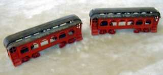 KENTON Antique Cast Iron Railroad Cars (2)   Lake Shore & Michigan
