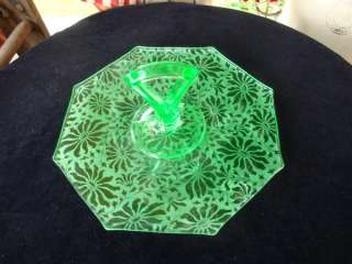 ETCHED DEPRESSION GREEN GLASS SERVING PLATE FOSTORIA