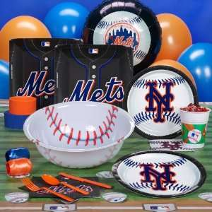 New York Mets Baseball Deluxe Party Pack for 18 Toys